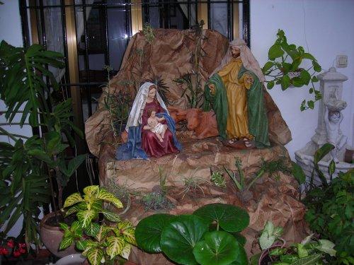 Nacimiento en el patio andaluz de la casa rural Rincón de Las Nieves